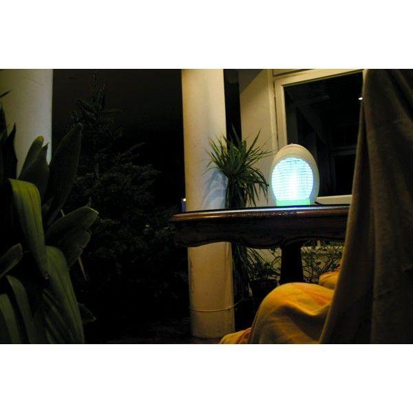 lampe anti moustiques tv. Black Bedroom Furniture Sets. Home Design Ideas